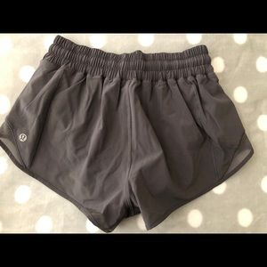 Lululemon Hotty Hot Shorts II